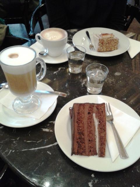 Bookcafe2g